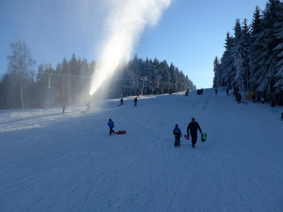 Skihang Altenberg mit künstlicher Beschneiung