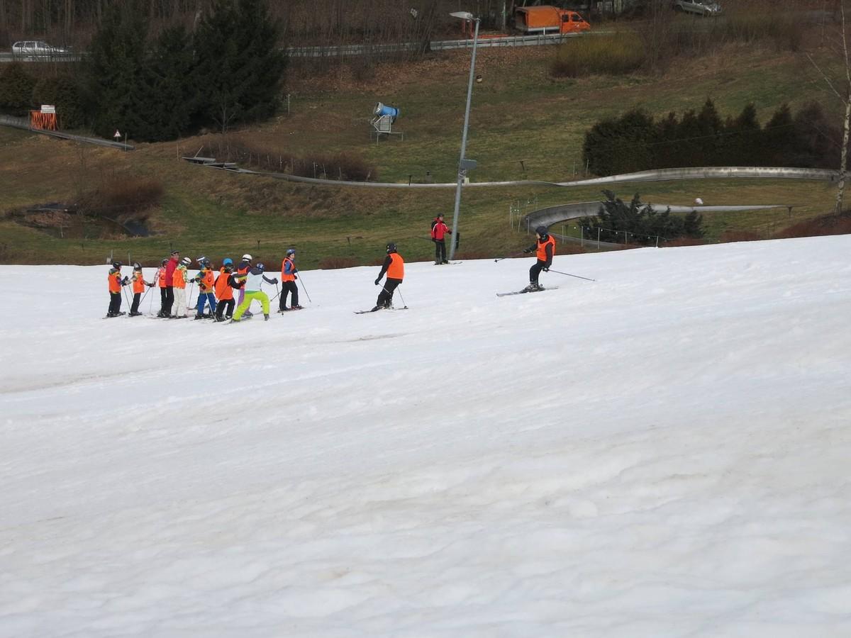 Skihang Augustusburg mit Kunstschnee