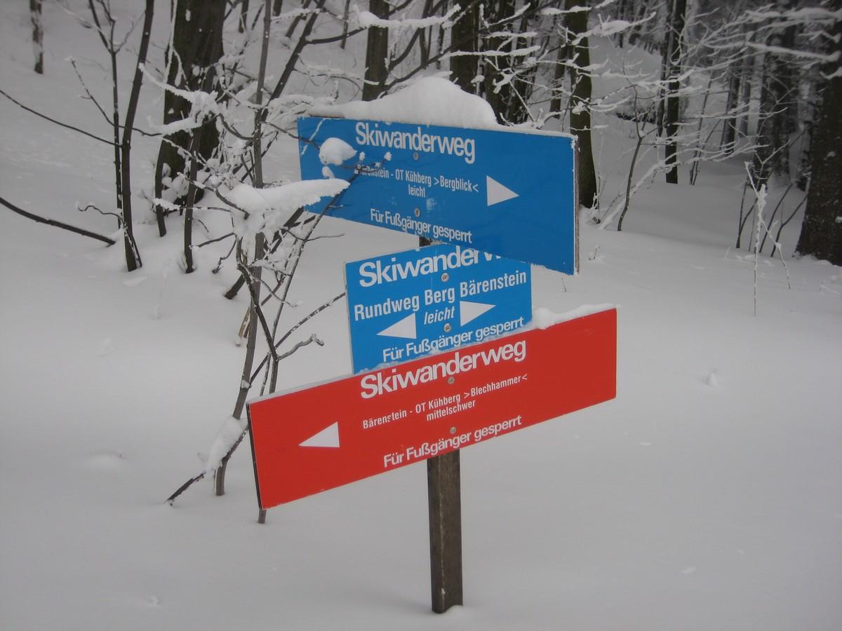 Ausschilderung Skiwanderweg nach Kühberg