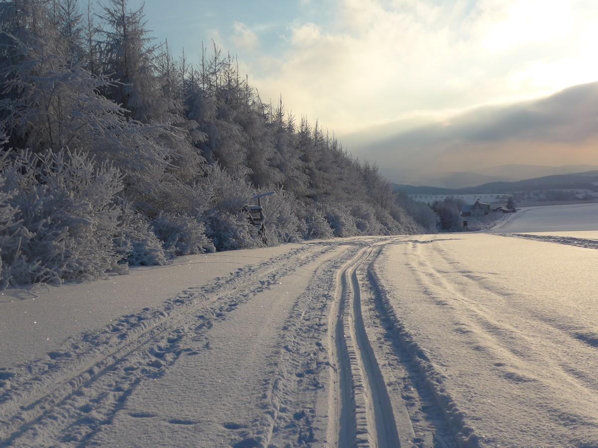 Traumhafte Winterlandschaft - Vom Ringel hinab nach Cämmerswalde