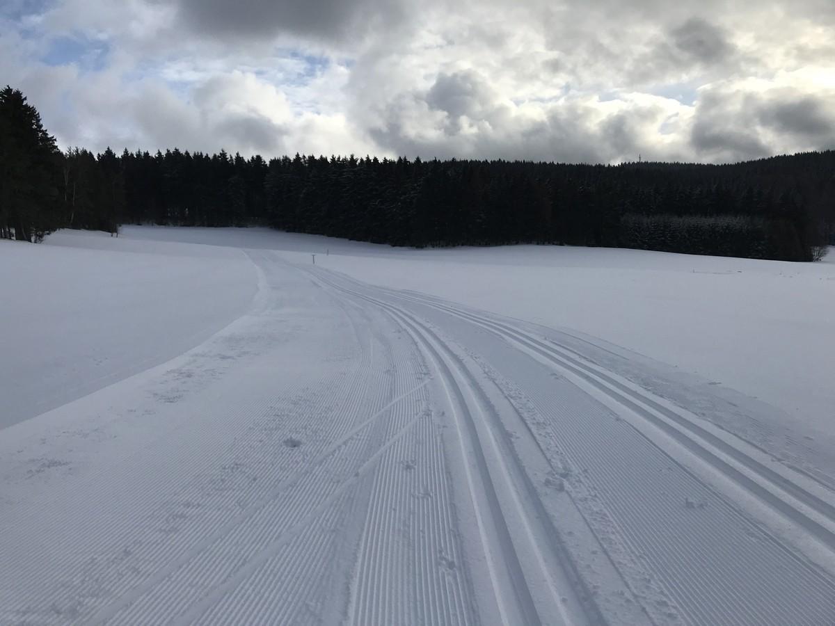Anschlussloipe hinab nach Rothenkirchen