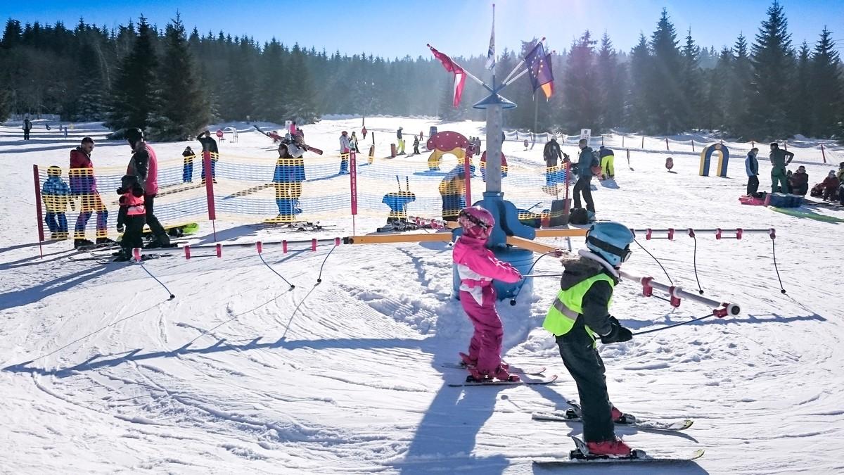 Skikarussell im Skigebiet