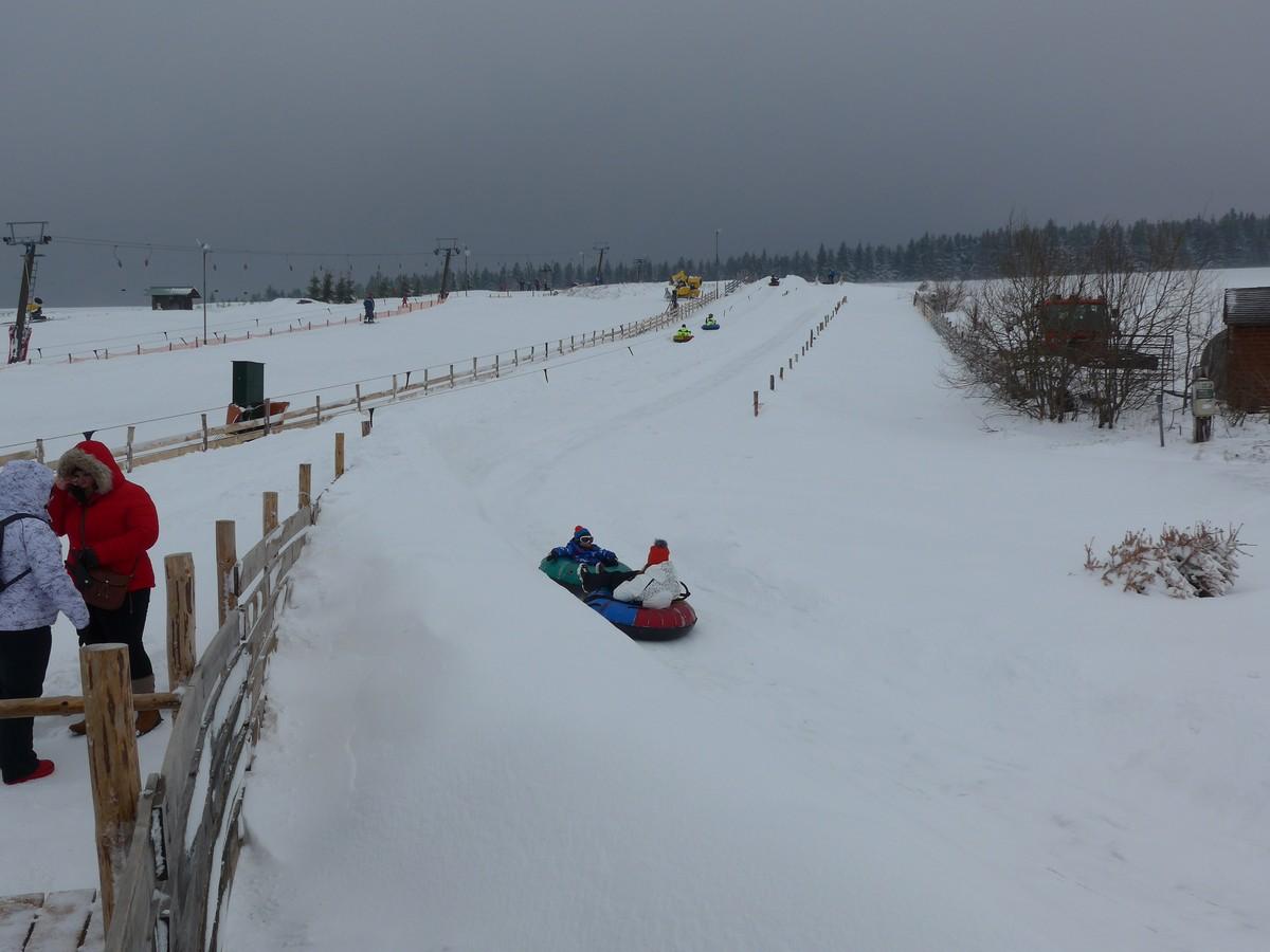 Snowtubing, Skigebiet Bozi Dar Novako
