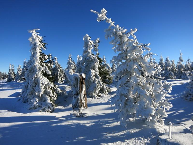 Schnee- und Eislandschaft auf der Tafelfichte