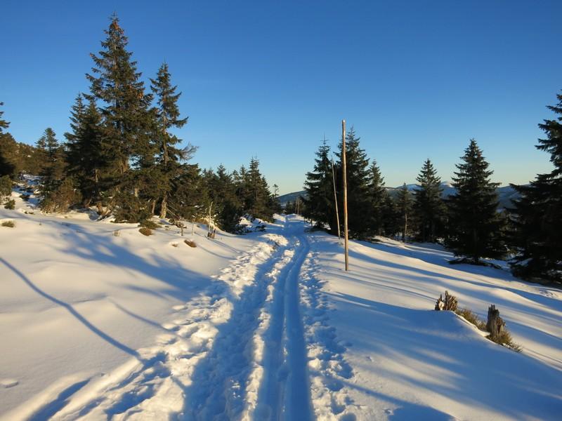 Anspruchsvolle Strecke auf kleinem Weg zur Spindlerbaude